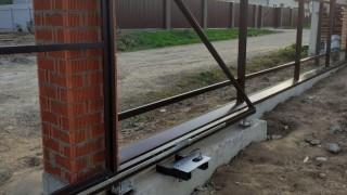 откатной механизм ворот
