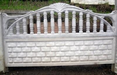 бетонный забор в морском стиле