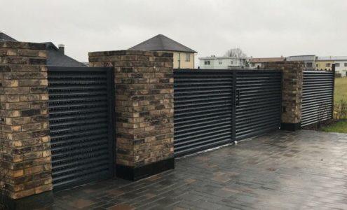 забор жалюзи с воротами