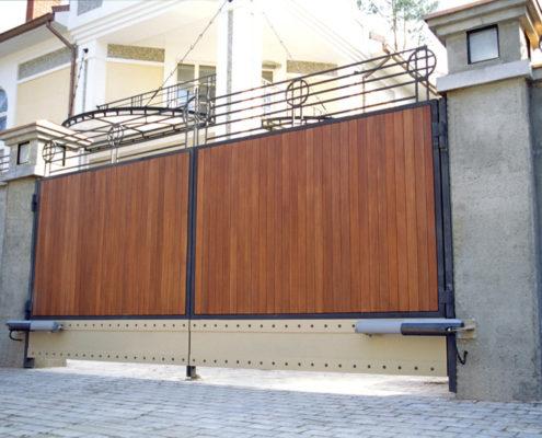 распашные ворота с электрическим приводом